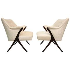 Exquisite Pair of Mid-Century Scissor Lounge Chairs in the Style of Karpen