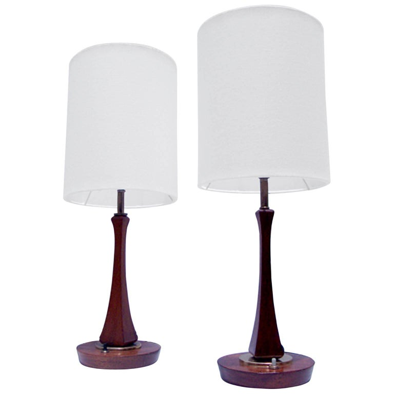 Pair of Mid-Century Modern Sculptural Table Lamps For Sale