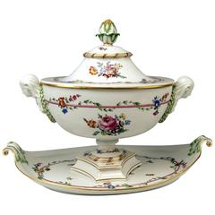 Meissen Large Lidded Tureen with Huge Platter Presentoir, Marcolini Period