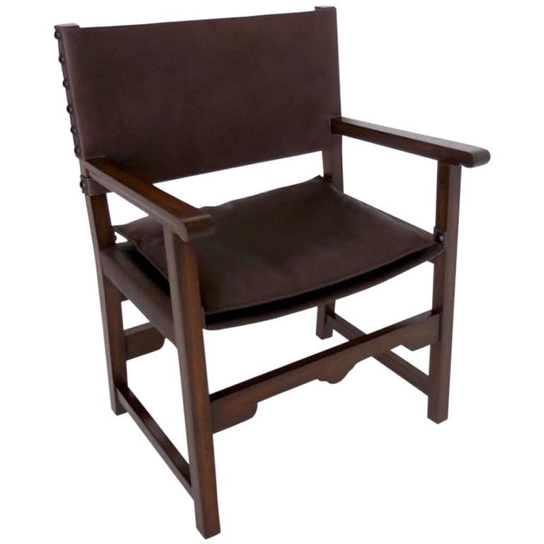 Dos Gallos Custom Leather Sing Chair For Sale