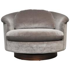 Large Milo Baughman Swivel Chair