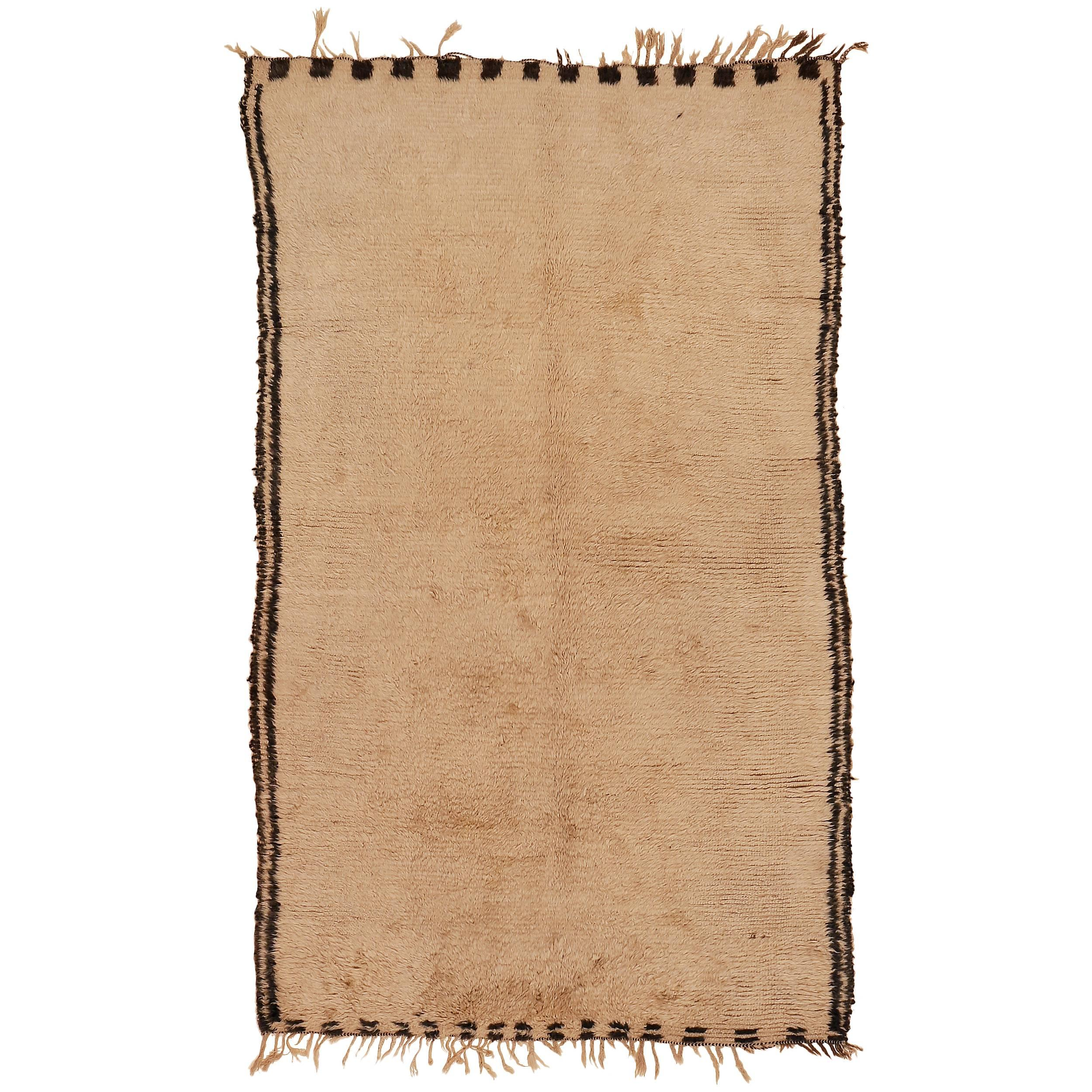 Open Field Vintage Beni Ouarain Berber Carpet