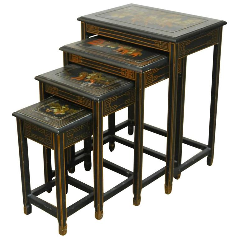 Superbe Set Of Four Chinese Black Lacquer Nesting Tables