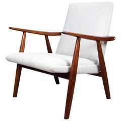 Hans J. Wegner GE-260 Danish Lounge Chair