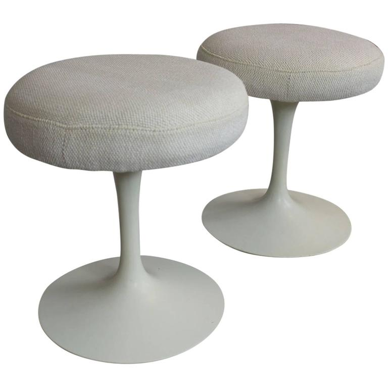 Eero Saarinen Tulip Stools Pair At 1stdibs