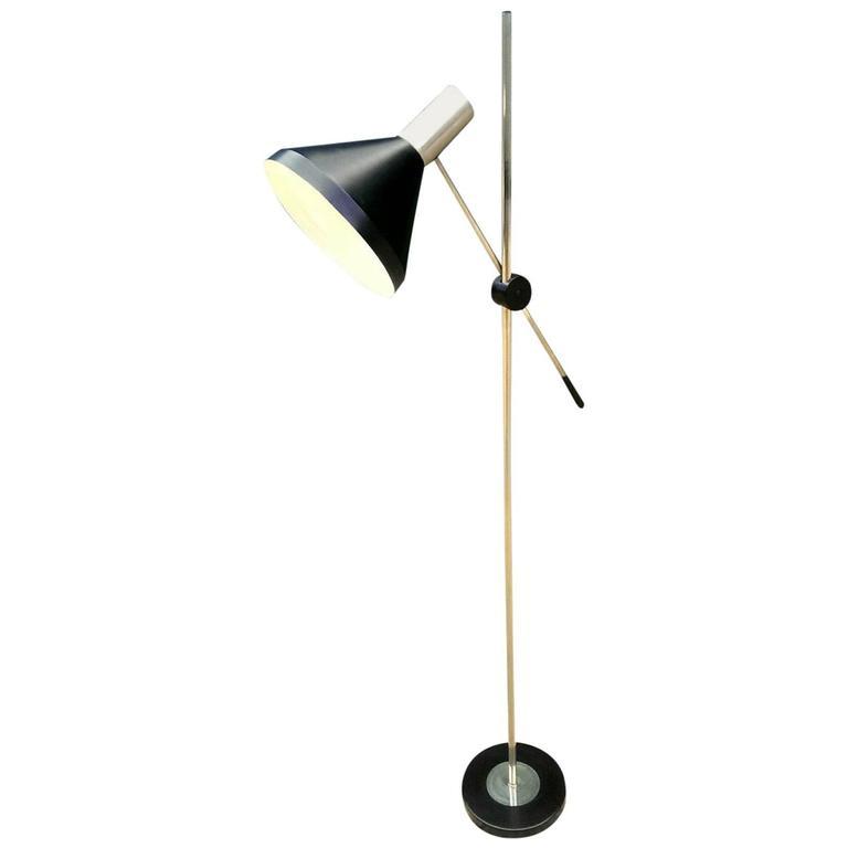 Giuseppe Ostuni Attributed Adjustable Standard Floor Lamp, circa 1960