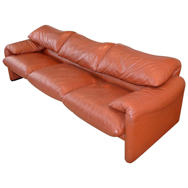 three seat leather sofa maralunga design by vico. Black Bedroom Furniture Sets. Home Design Ideas