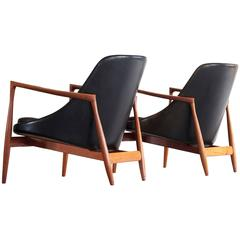 Ib Kofod-Larsen Pair of Elizabeth Chairs in Teak and Black Leather