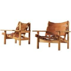 Pair of Hunting Chairs in Solid Oak and Cognac Leather