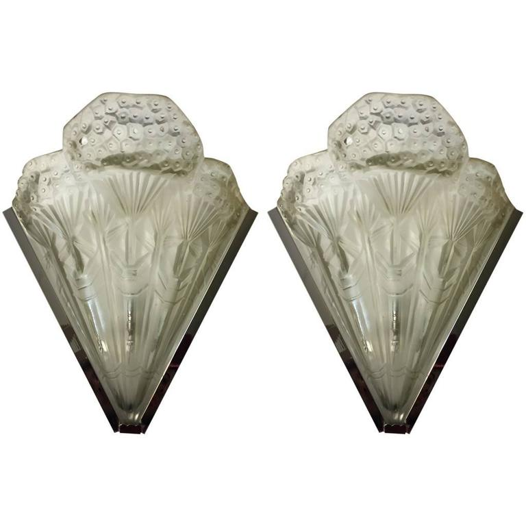 French Art Deco Pair of Sconces For Sale