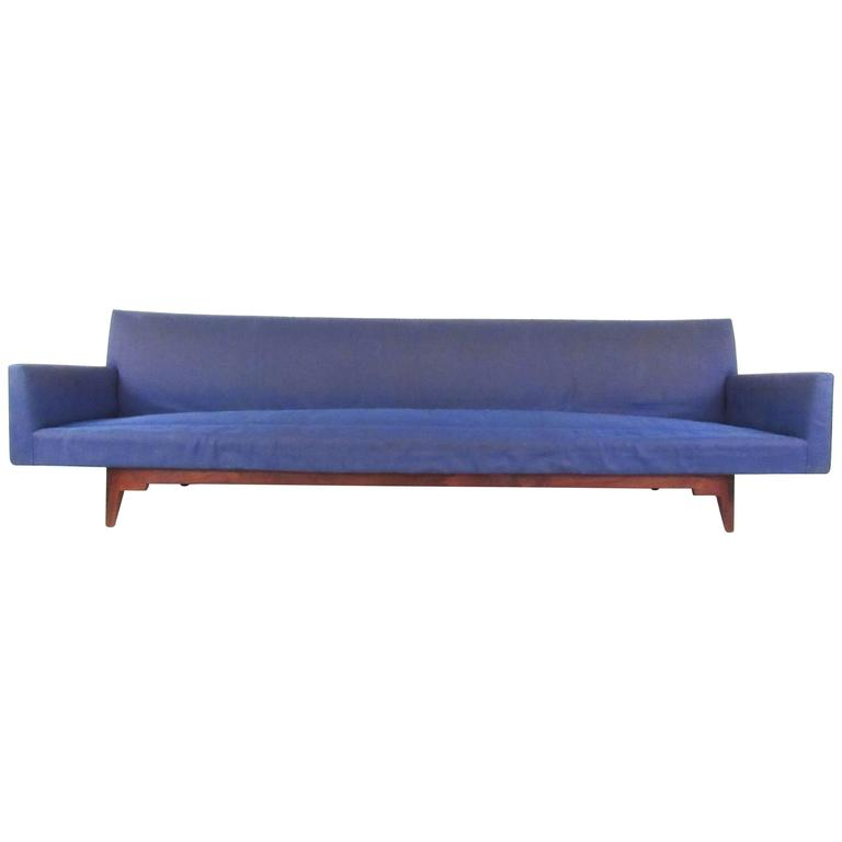 Long Mid-Century Sofa by Jens Risom Manufacturing For Sale
