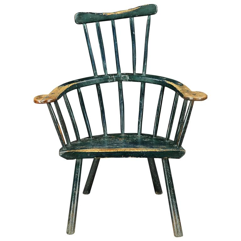 Beautiful 18th Century Primitive Comb Back Windsor Chair For Sale