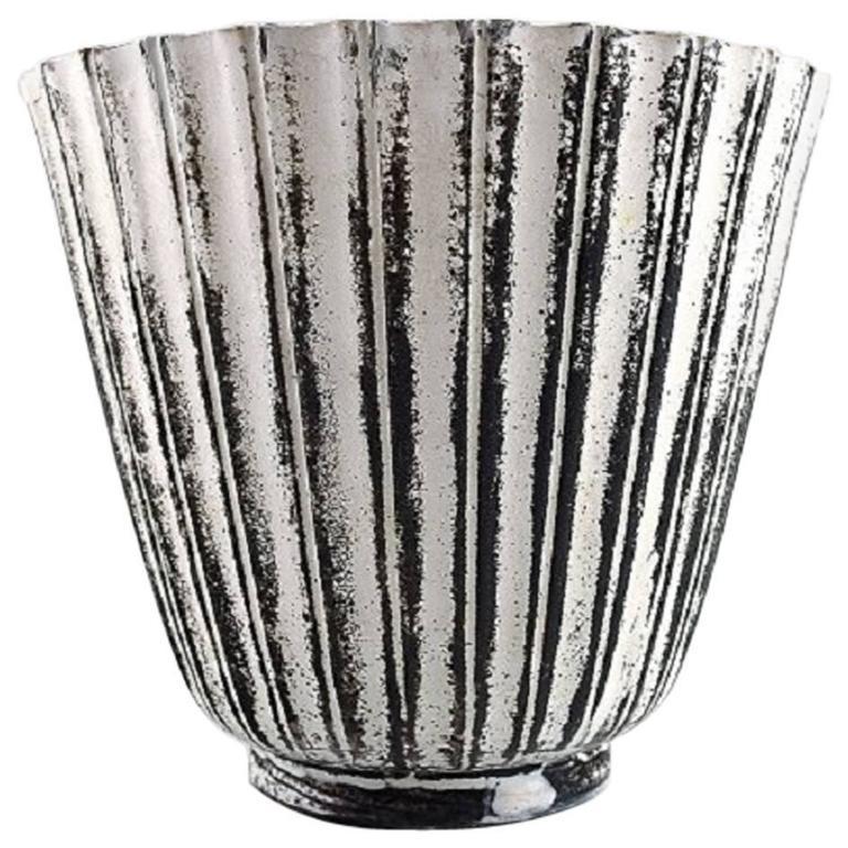rare k hler denmark glazed earthenware vase 1930s by svend hammersh i for sale at 1stdibs. Black Bedroom Furniture Sets. Home Design Ideas