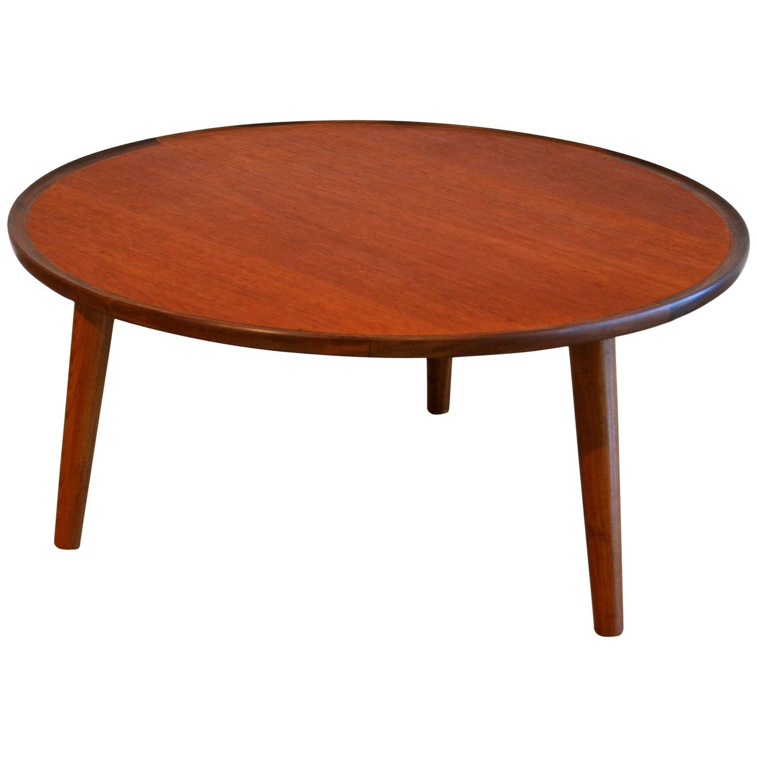 Vintage Danish Teak Round Coffee Table by Peter Hvidt at 1stdibs