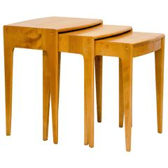 Three-Piece Set of Nesting Tables by Heywood-Wakefield