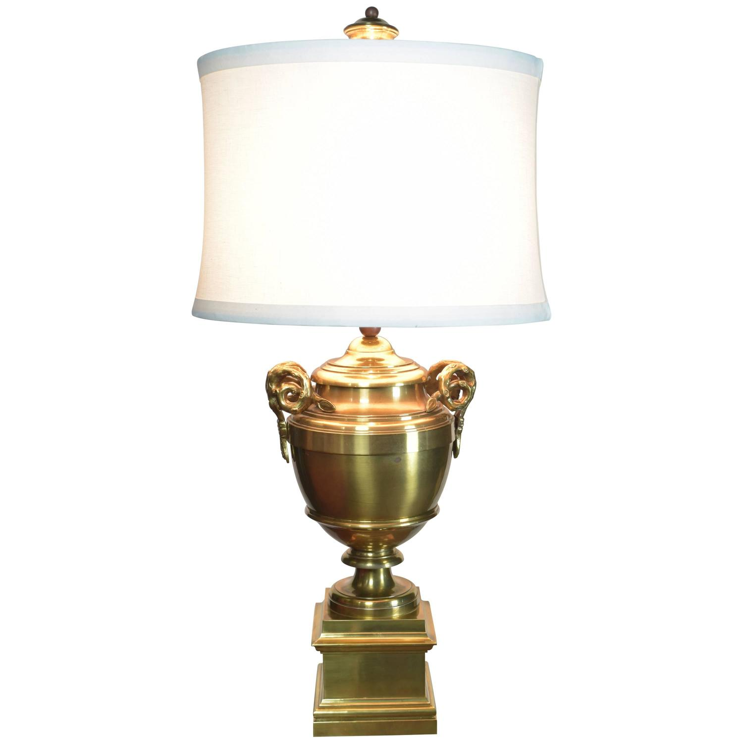 vintage brass chapman lamp for sale at 1stdibs. Black Bedroom Furniture Sets. Home Design Ideas