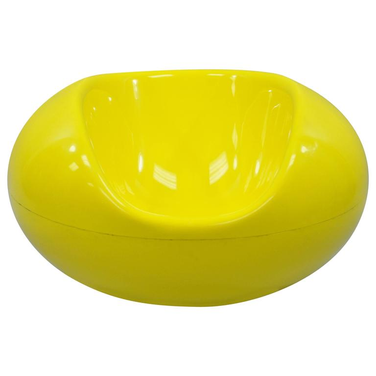 Eero Aarnio for Asko Yellow Fiberglass Pastille Pod Gyro Lounge Chair For Sale