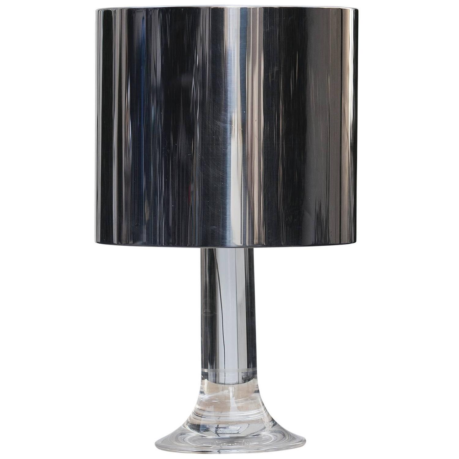 harvey guzzini lucite table lamp with metal shade at 1stdibs. Black Bedroom Furniture Sets. Home Design Ideas