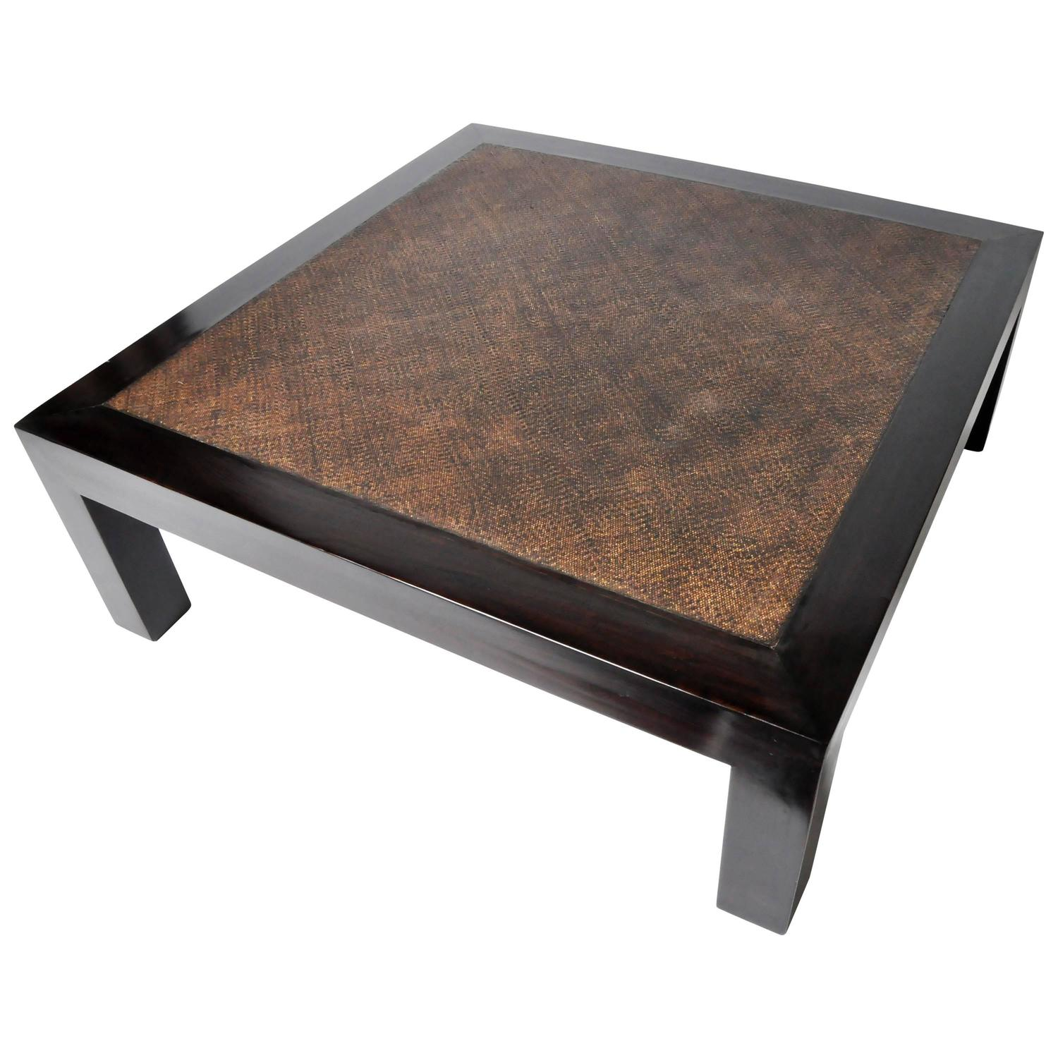 Gt atelier modern low table with rattan top at 1stdibs for Table fifty two 52 w elm st chicago il 60610