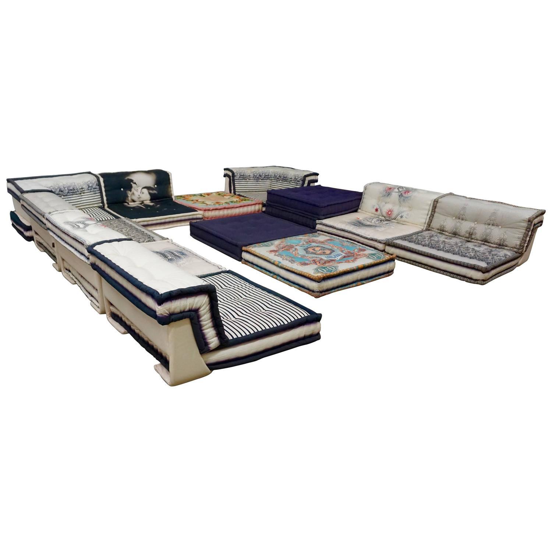 Pin roche bobois mah jong modular sofas 1 on pinterest for Canape jean paul gaultier