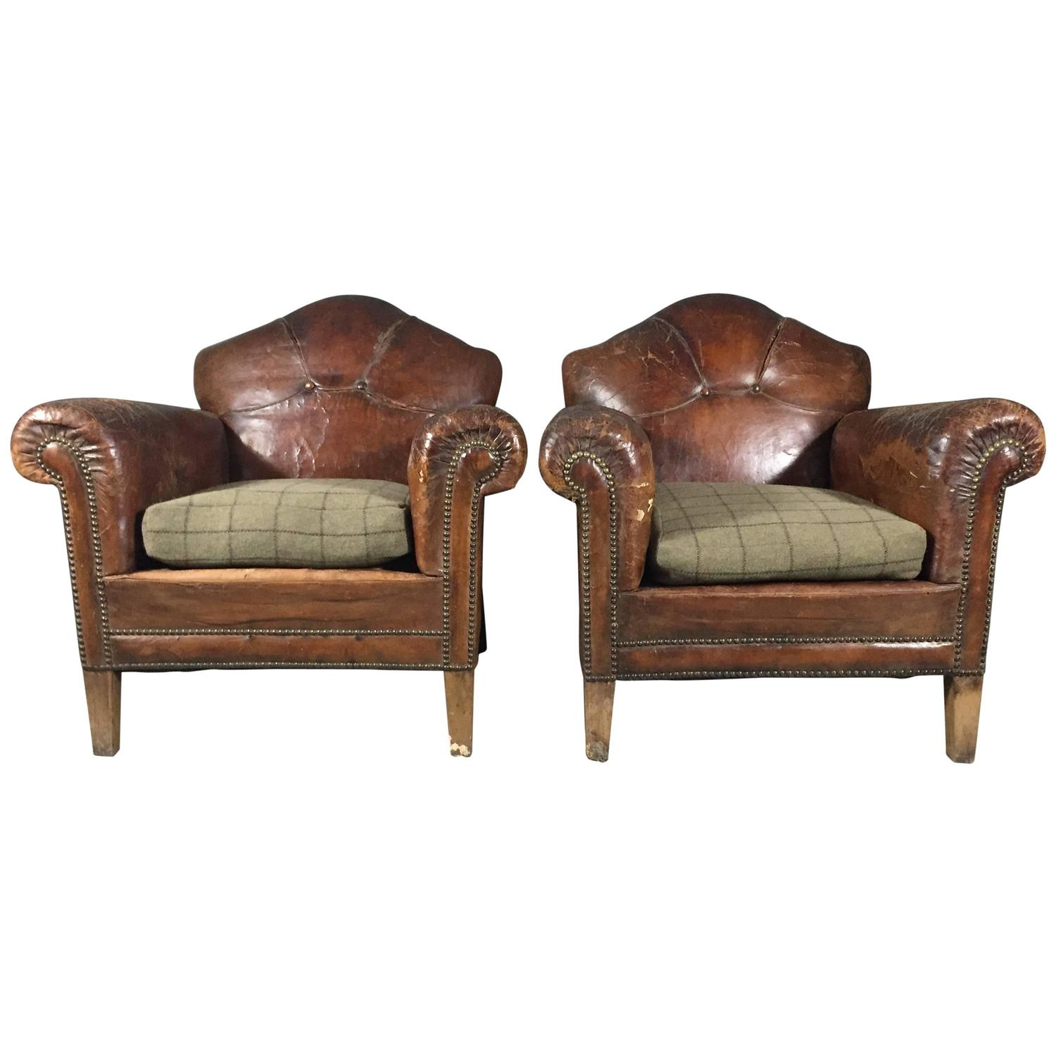 Pair of English Art Deco Leather and Hobnail Club Chairs circa