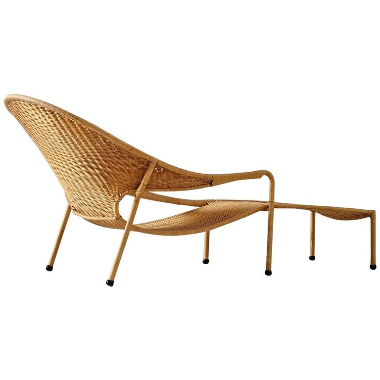 Francis mair wicker chaise longue for sale at 1stdibs for Chaise longue for sale