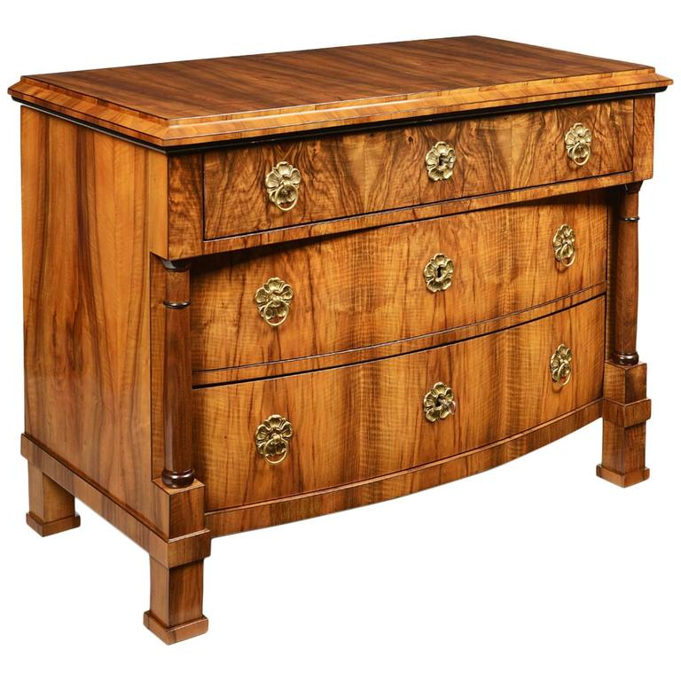 Biedermeier classic three drawer commode for sale at 1stdibs - Commode classique ...