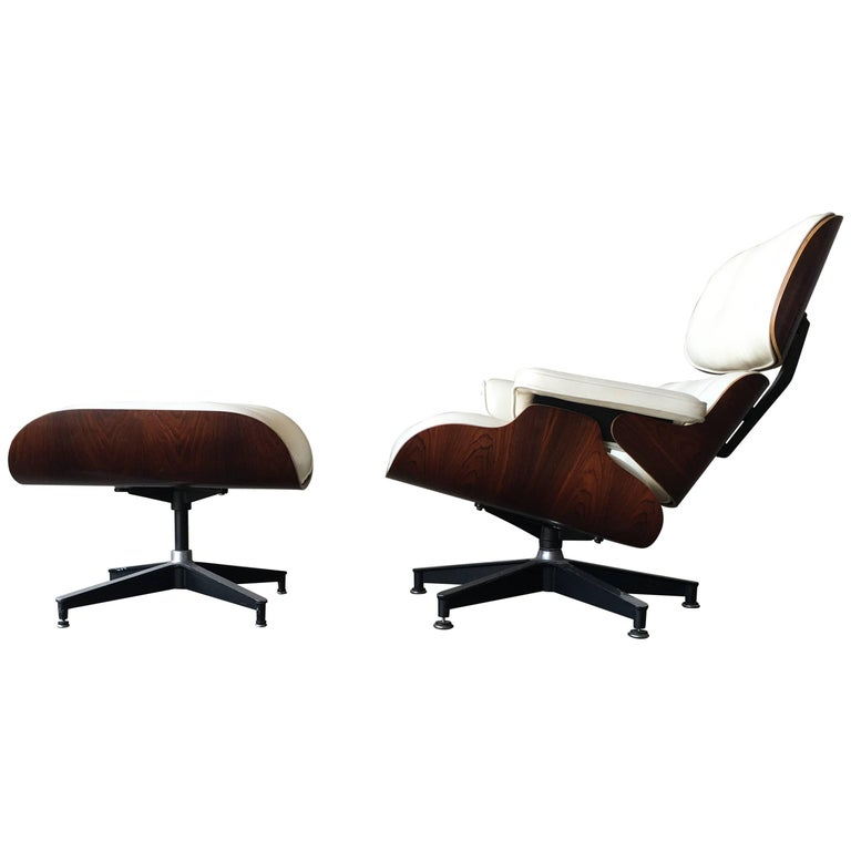 Herman Miller Eames Lounge Chair and Ottoman with New Perfect Ivory Leather For Sale