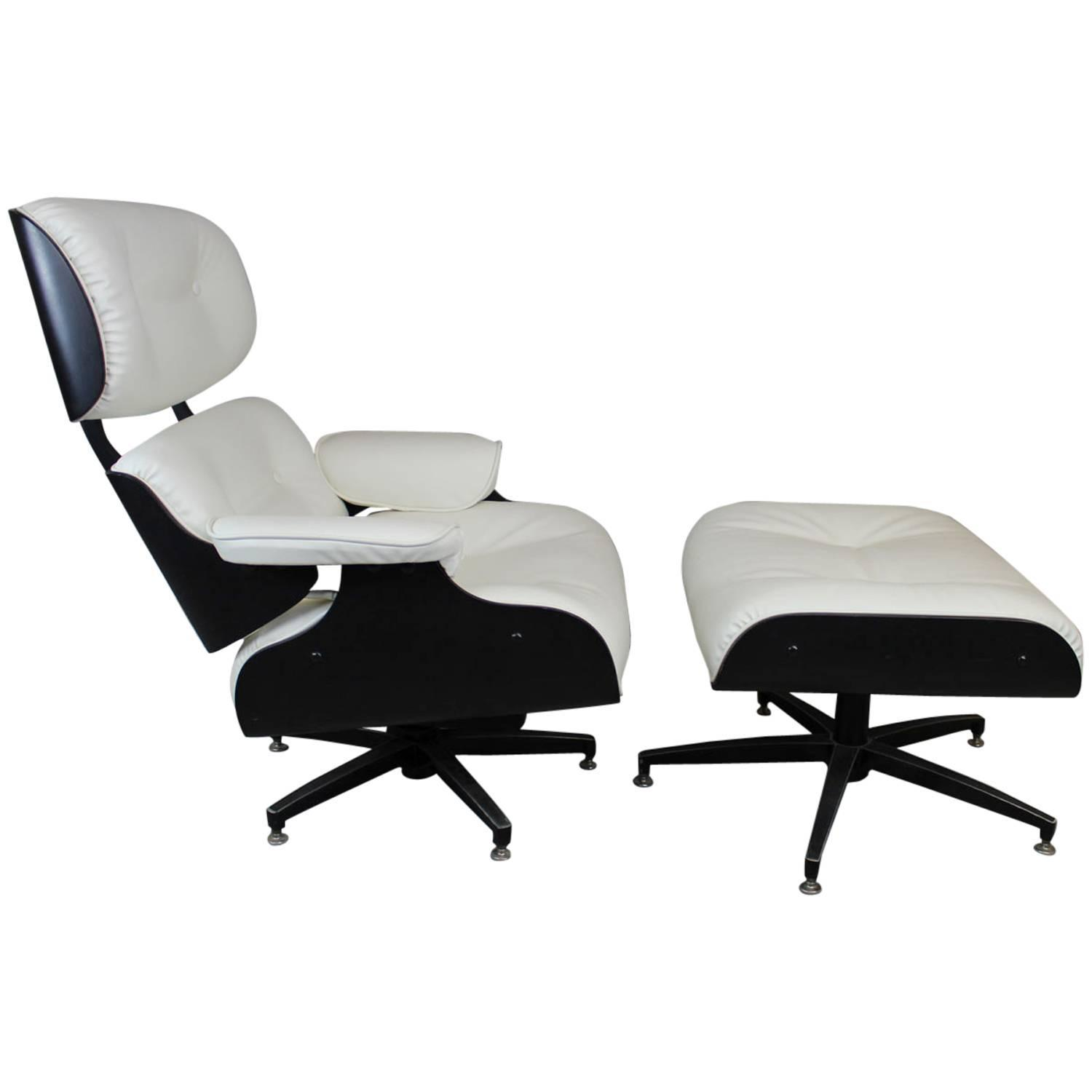 eames style lounge chair and ottoman in black and ivory for sale at 1stdibs. Black Bedroom Furniture Sets. Home Design Ideas
