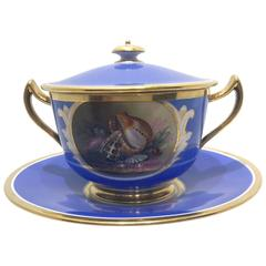 Worcester Flight Barr and Barr Covered Sauce Tureen with Shells, circa 1820-1830
