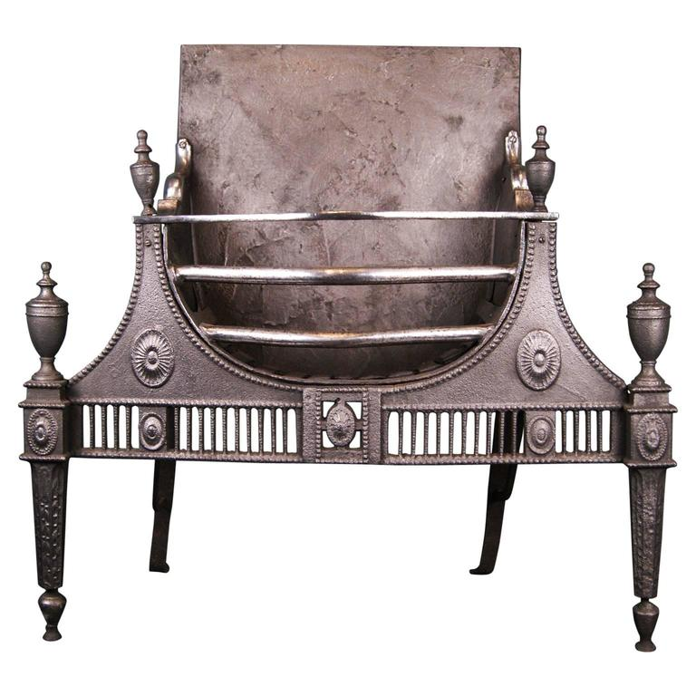 18th Century Cast and Wrought Iron Fireplace Fire Grate For Sale
