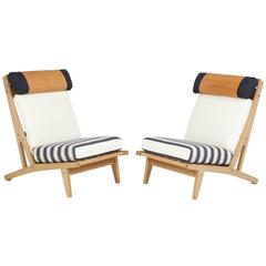 Pair of Hans J Wegner GETAMA Lounge Chairs, circa 1960s