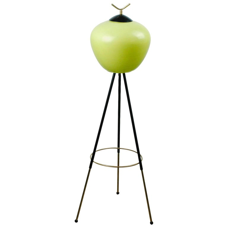 Italian Midcentury Iron, Brass and Yellow Glass Tripod Floorlamp by Stilnovo For Sale