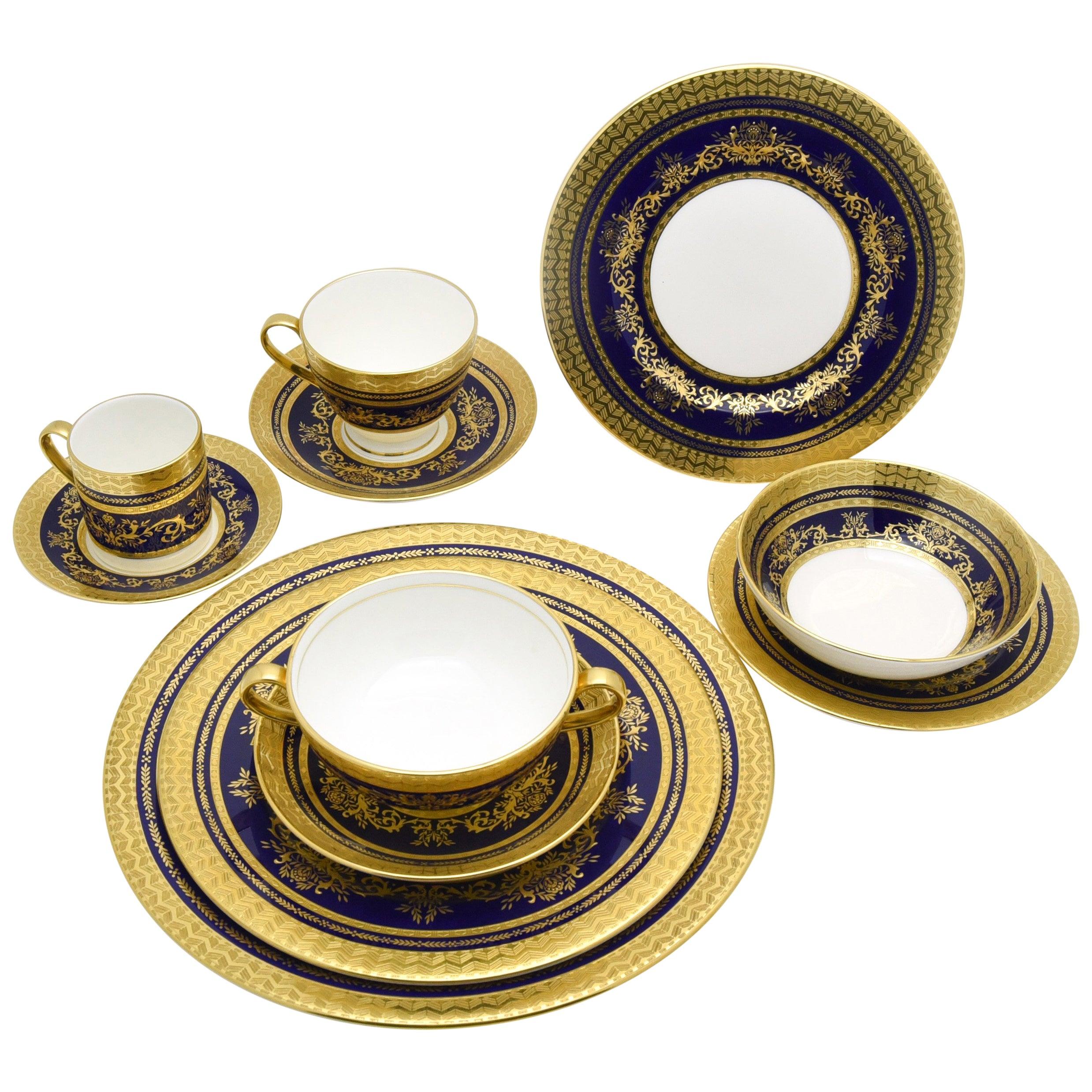 Minton Extensive Pristine Dinner Service Cobalt Blue and Gold 232 Pieces