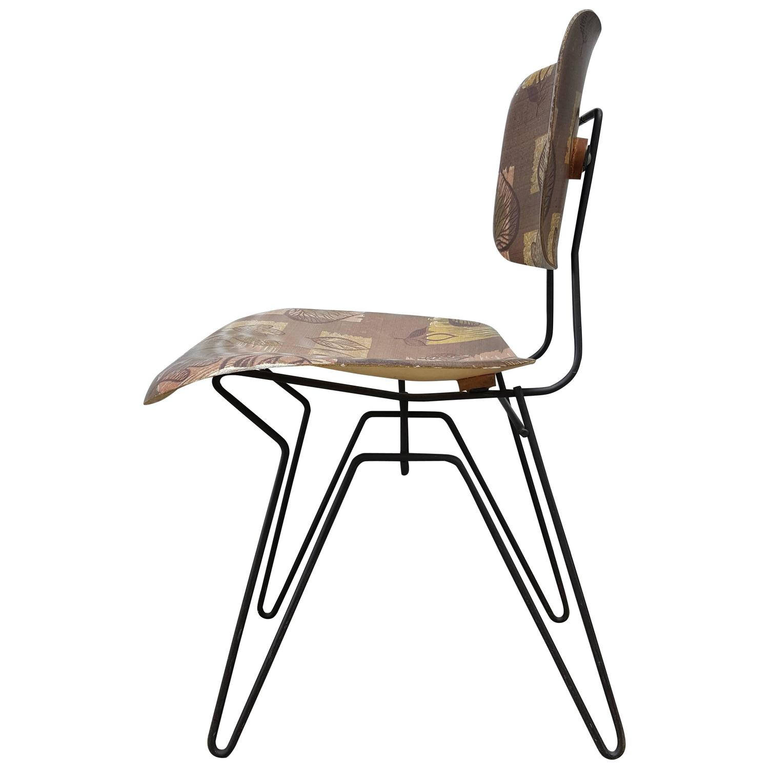 Hobart Wells Iron Hairpin and Formed Fiberglass Lounge Chair For