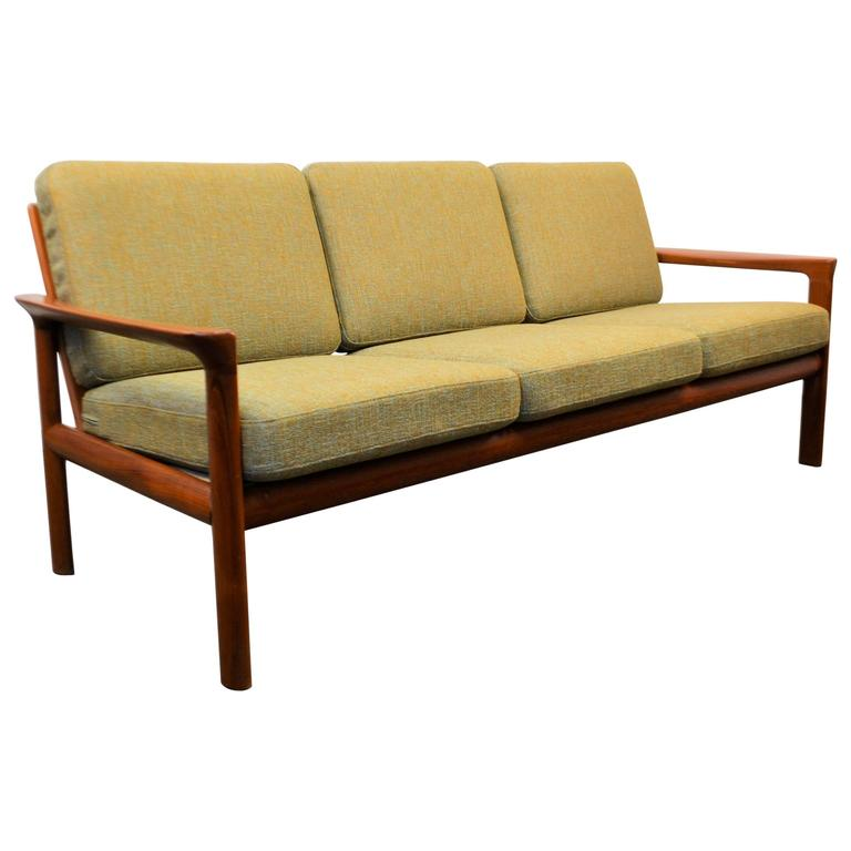 danish modern sofa by sven ellekaer at 1stdibs. Black Bedroom Furniture Sets. Home Design Ideas