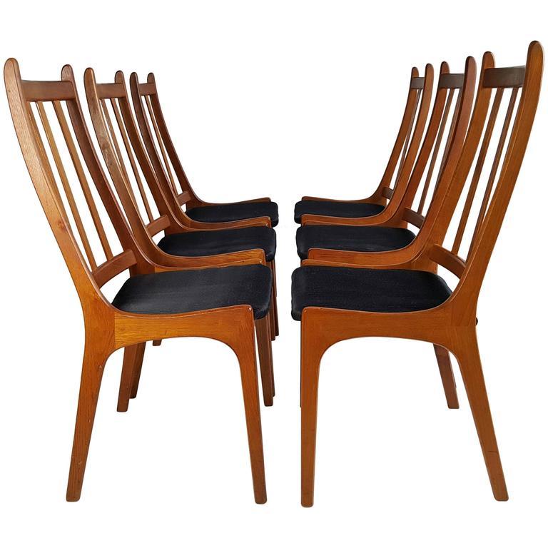 Set Of Six Teak Dining Chairs, Made In Denmark, Kai Kristiansen For Sale