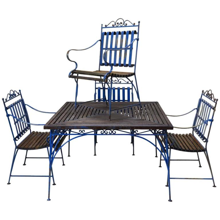 Lovely French 1930s Wrought Iron and Wood Garden Table with Four Armchairs For Sale