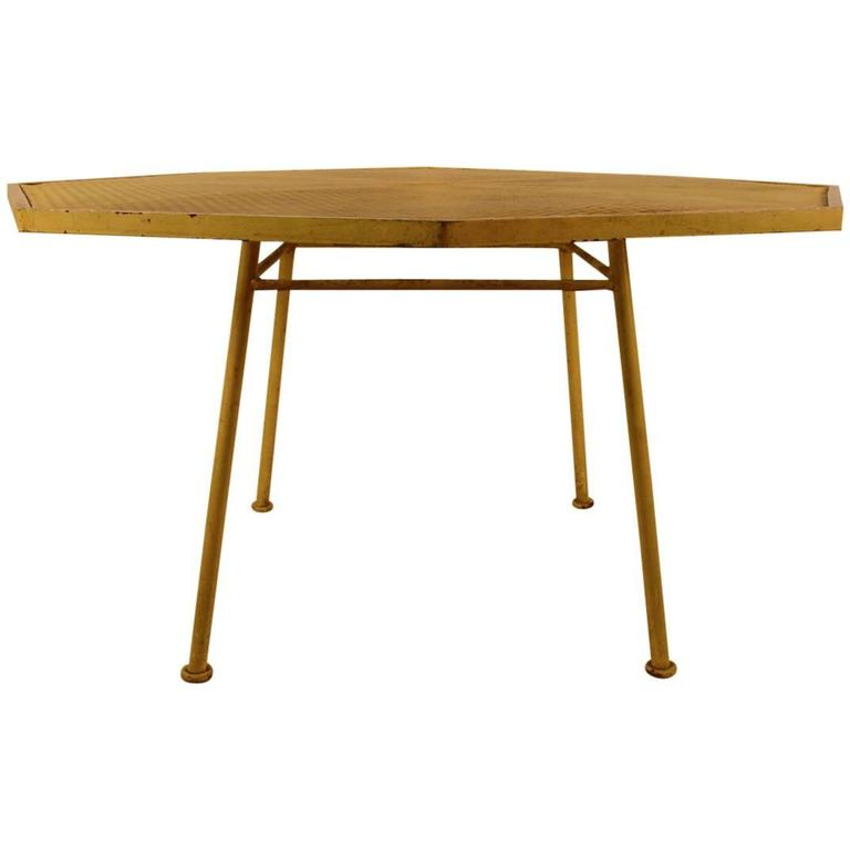 Six Sided Woodard Dining Table At Stdibs - Six sided table