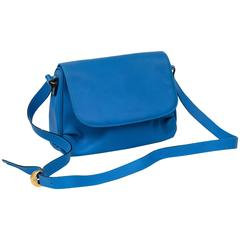 Cyan Blue Bottega Veneta Made in Italy Handbag, Simple Elegance