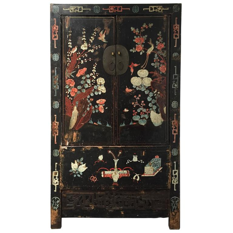 Early 20th Century Chinese Wedding Cabinet For Sale