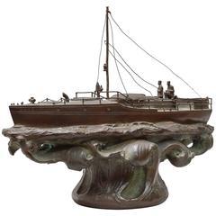 """Amerikanisches Bronze Rennboot """"Ilys"""" Gewinner vieler Rennen, um 1900"""