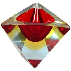 Unusual Flavio Poli Sommerso Red Yellow Faceted Triangular Murano Glass Ashtray