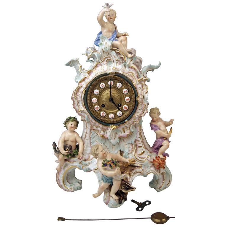 Meissen Gorgeous Mantle /Table Clock Four Elements Sculptured Cherubs circa 1860 For Sale