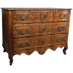 Fine Louis XV Provincial Walnut Commode