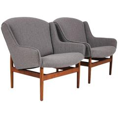 Jens Risom Pair of Lounge Chairs for Jens Risom Design, Inc.