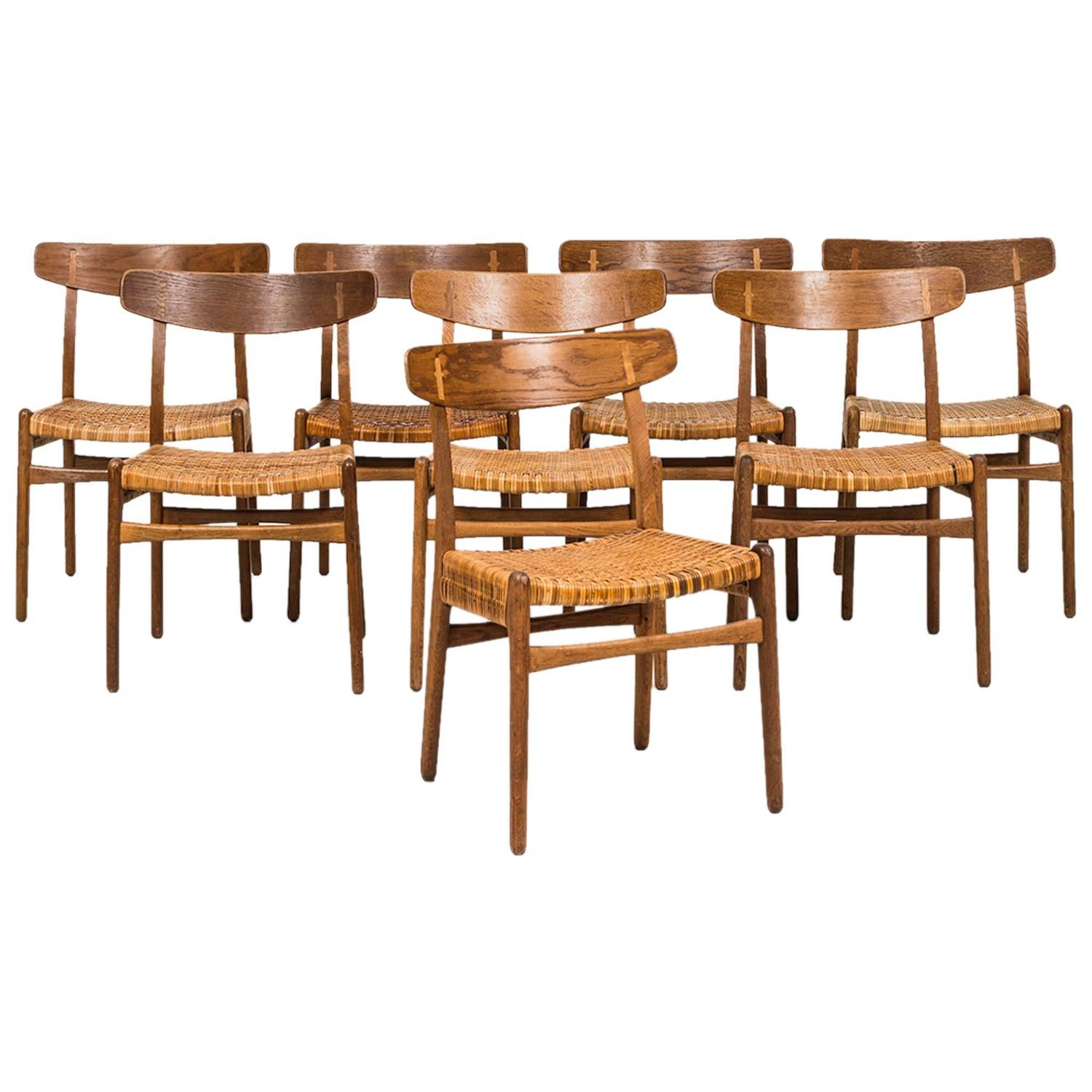 Hans Wegner Dining Chairs Model CH 23 by Carl Hansen and Son in