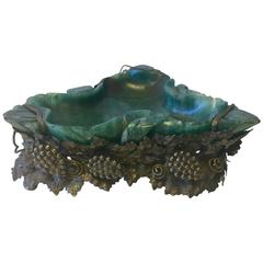 Important Art Nouveau Solid Dark Green Jade and Bronze Ash Tray, circa 1905