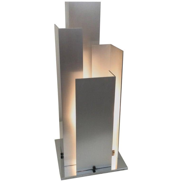 Skulpturale Tischlampe Aluminium und Verchromter Stahl, Italien, um 1970 1