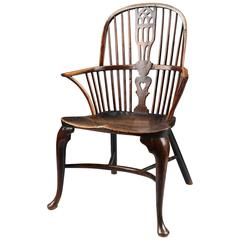 18th Century Cabriole Leg Windsor Bow Back Chair